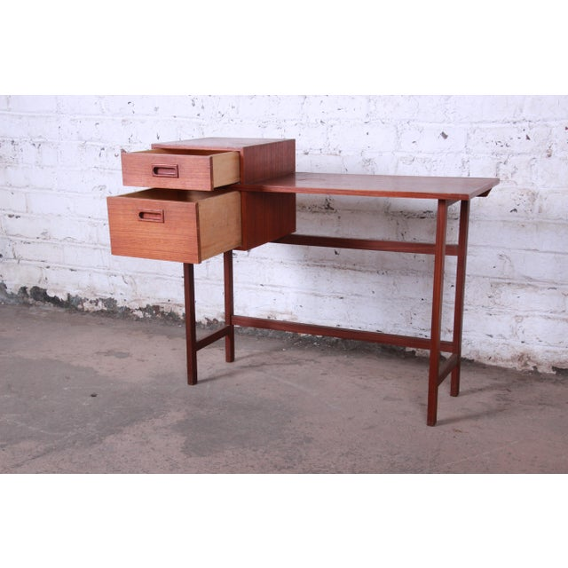 1950s Swedish Modern Petite Teak Vanity Desk or Console Hall Table by Glas & Trä For Sale - Image 5 of 11