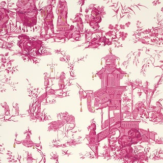 Schumacher Chinois Wallpaper in Peony For Sale