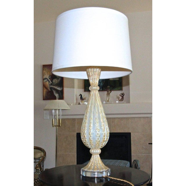 1950s Italian Arovier E Toso Gold Opalescent Murano Table Lamps - a Pair For Sale In Palm Springs - Image 6 of 13