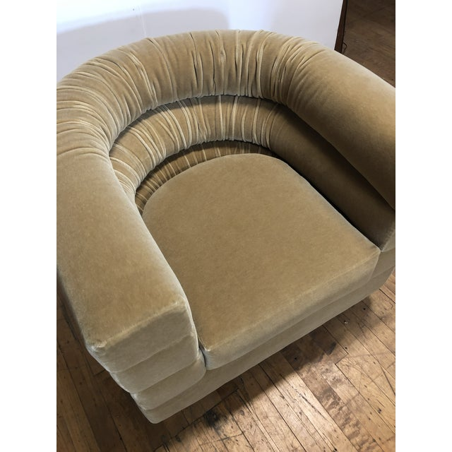Mid Century Lounge Swivel Chair by Milo Baughman For Sale In Chicago - Image 6 of 7