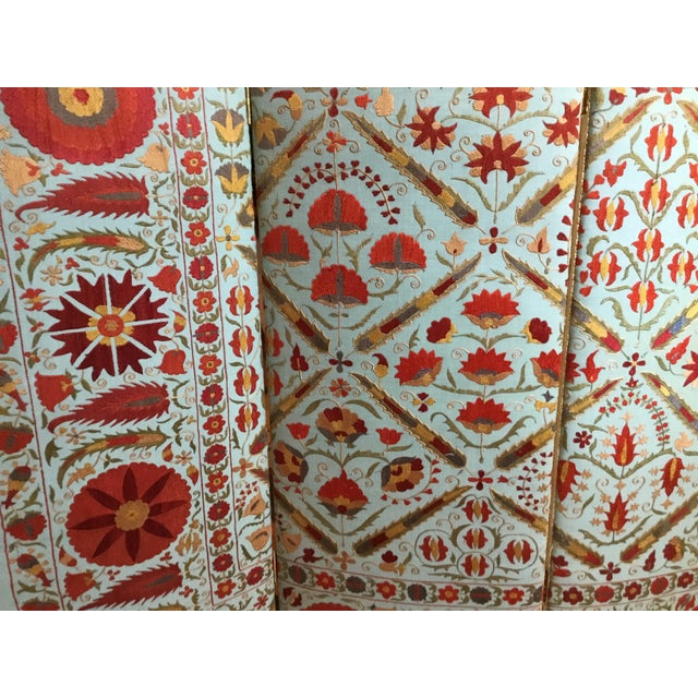 Silk Vintage Hand Embroidery Suzani Screen For Sale - Image 7 of 13