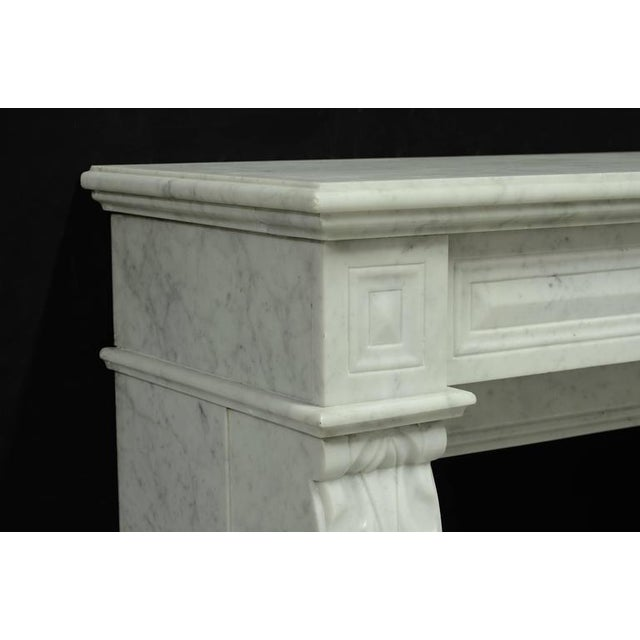 Louis XVI Small White Marble Louis XVI Fireplace, 19th Century For Sale - Image 3 of 9