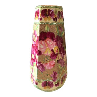 Hexagon Fuchsia Sweet Pea Floral Motif Porcelain Vase For Sale