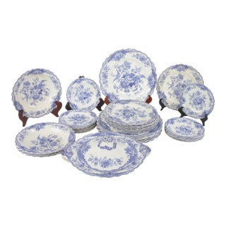 Vintage English Bristol Old Hall Ware Dinnerware - 35 Piece Set For Sale