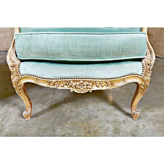 19th Century French Louis XV Style Carved Giltwood Bergeres - A Pair For Sale - Image 9 of 12