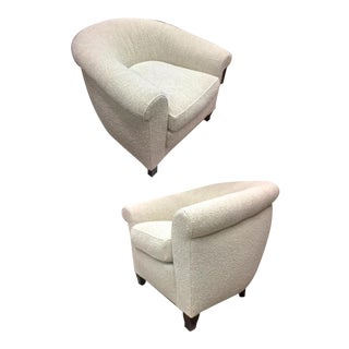 1930s Extreme Comfort Pair of Club Chair Covered in Boucle Cloth For Sale