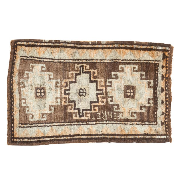 "Vintage Oushak Rug Mat- 2'1"" x 2'11"" For Sale"