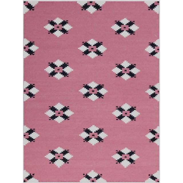 Zara Southwestern Pink Flat-Weave Rug 5'x8' For Sale - Image 4 of 4