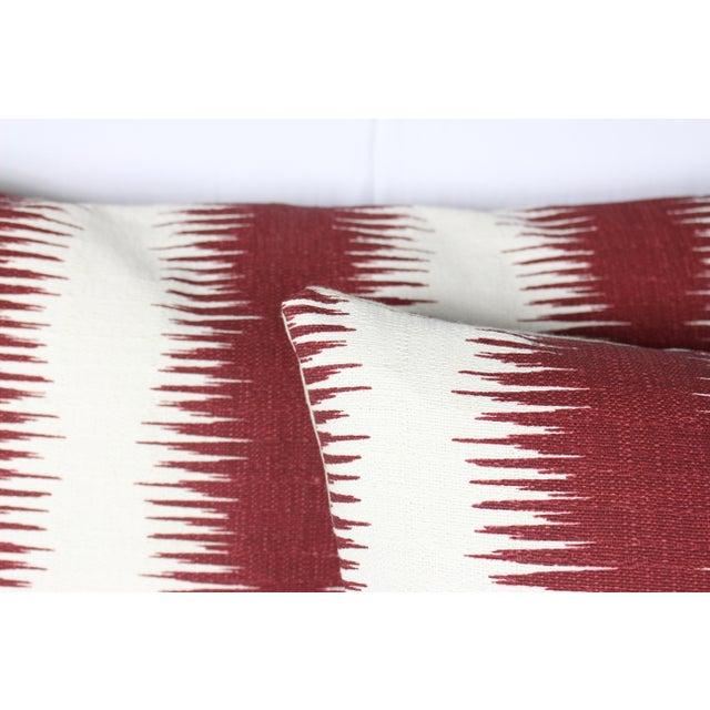 """Contemporary Peter Dunham's Ikat """"Pasha"""" Linen Lumbar Pillow Pair For Sale - Image 3 of 5"""
