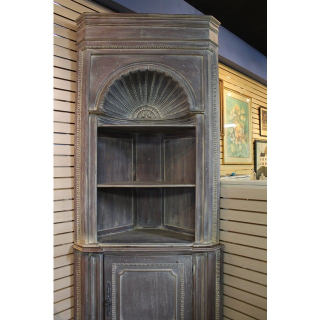 Country French Distressed Corner Cabinet - Image 10 of 11