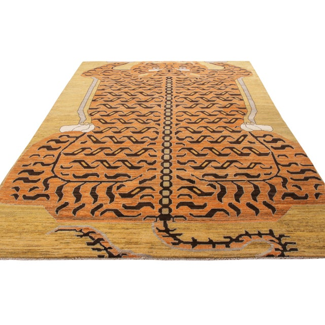 A custom rug design from Rug & Kilim's newly unveiled Tigers Collection. Enjoying a bold superimposed pelt pattern in...
