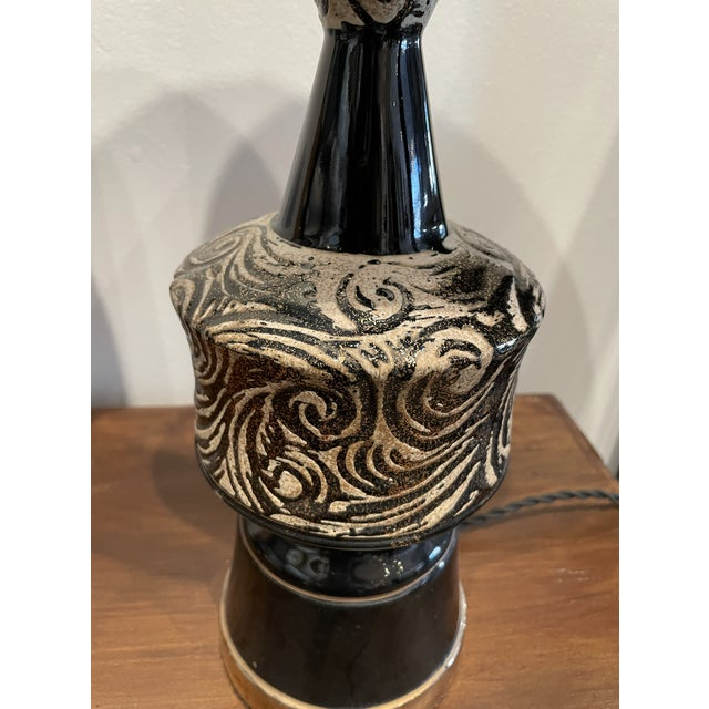 Mid-Century Modern Mid-Century Modern Glossy Black and Silver Ceramic Table Lamp Pair For Sale - Image 3 of 7