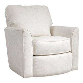Vintage White Swivel Chair For Sale