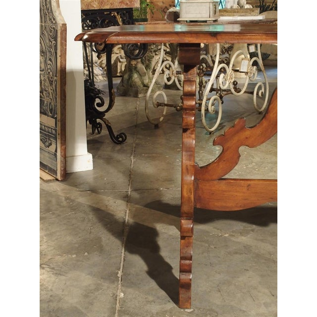 19th Century Tuscan Walnut Table With Shaped Wooden Stretchers For Sale In Dallas - Image 6 of 13