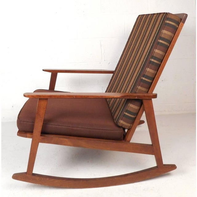 Marvelous Mid Century Modern Rocking Chair Alphanode Cool Chair Designs And Ideas Alphanodeonline