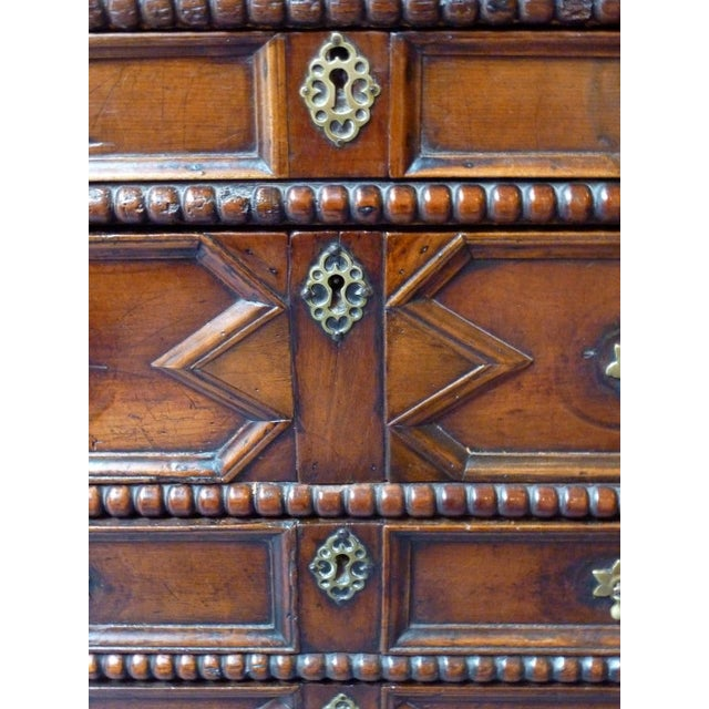 Wood 17th Century English Moulded Chest of Drawers For Sale - Image 7 of 8