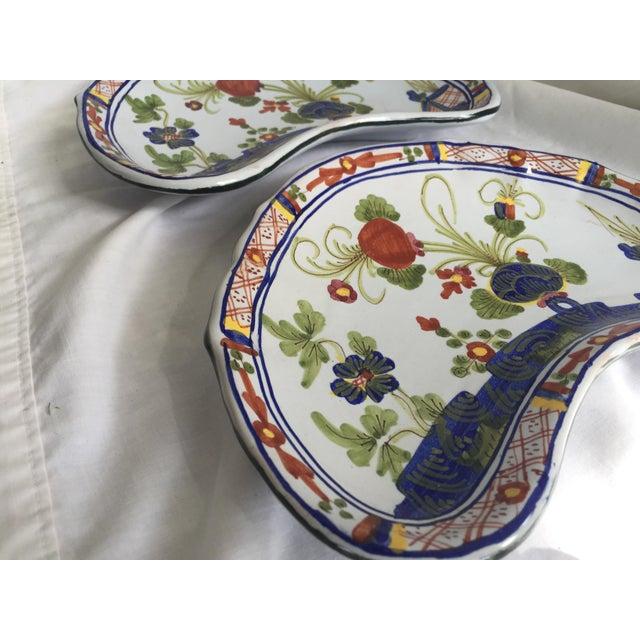 CACF Faenza Italian Pottery Bone Plates - a Pair For Sale - Image 10 of 13