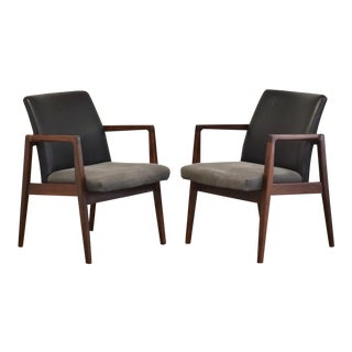 Walnut Mid-Century Modern Lounge Chairs - a Pair For Sale