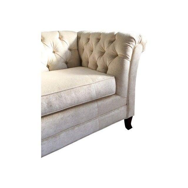 Hodsoll McKenzie Ivory Chesterfield Sofa - Image 5 of 10