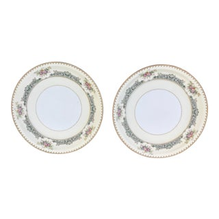 Post Ww1 Japanese Meito Ivory Dinner Plates - a Pair For Sale