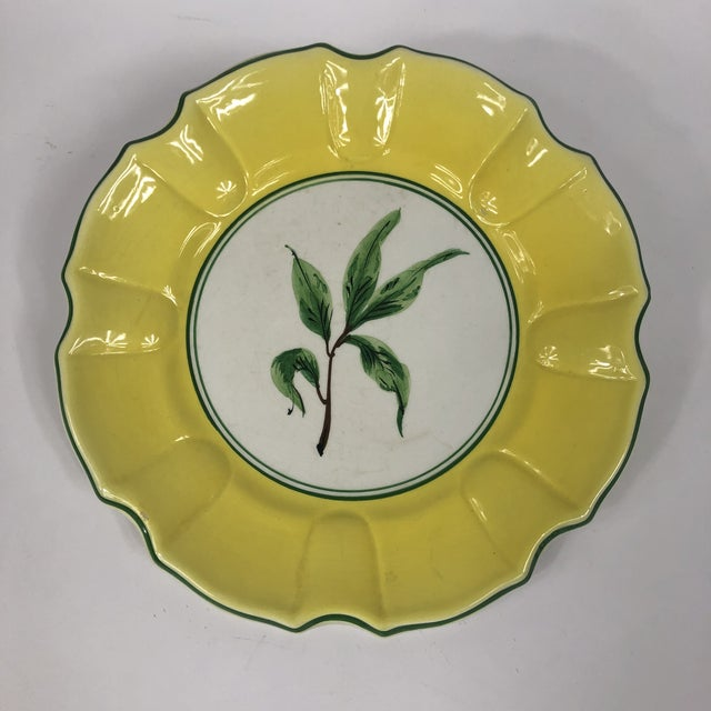 Italian Italian Yellow and Green Hand Painted Leaf Salad/Dessert Plate - Set of 5 For Sale - Image 3 of 11