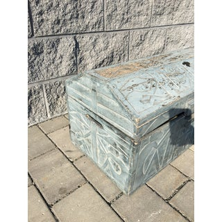 Vintage Tribal Carved Wood Trunk Preview