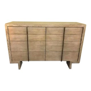 Hickory White 8-Drawer Dresser For Sale