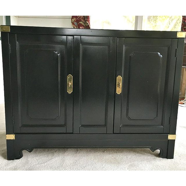 American of Martinsville Asian Style Black Lacquered Buffet - Image 4 of 5
