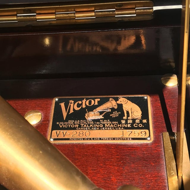 Antique Working Victor Victrola Humpback Console Mahogany Phonograph Record Player - Image 6 of 10