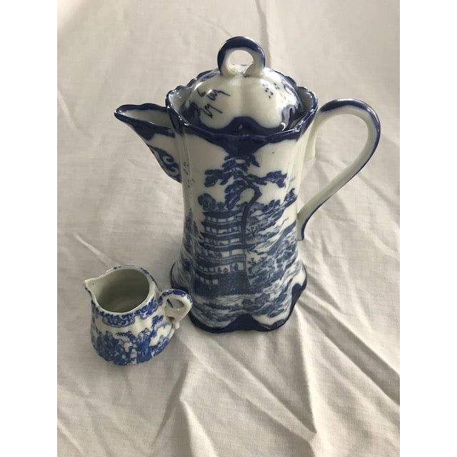 Chinoiserie Blue & White Teapot & Creamer - Image 2 of 8