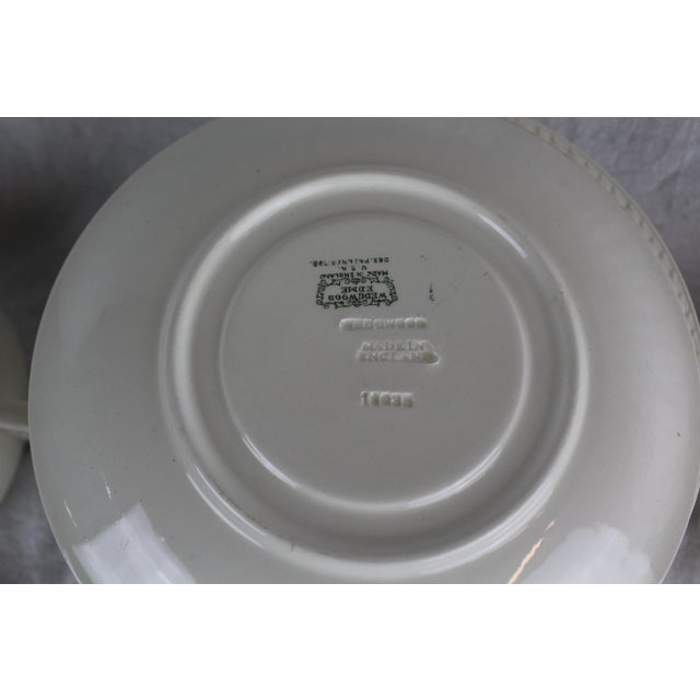 Neoclassical Wedgwood Windsor Soup Bowls and Plates - Set of 10 For Sale - Image 3 of 7