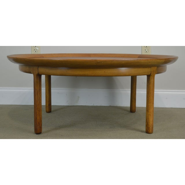 "Tomlinson Sophisticate 40"" Round Mid Century Modern Walnut & Recan Coffee Table For Sale - Image 10 of 13"