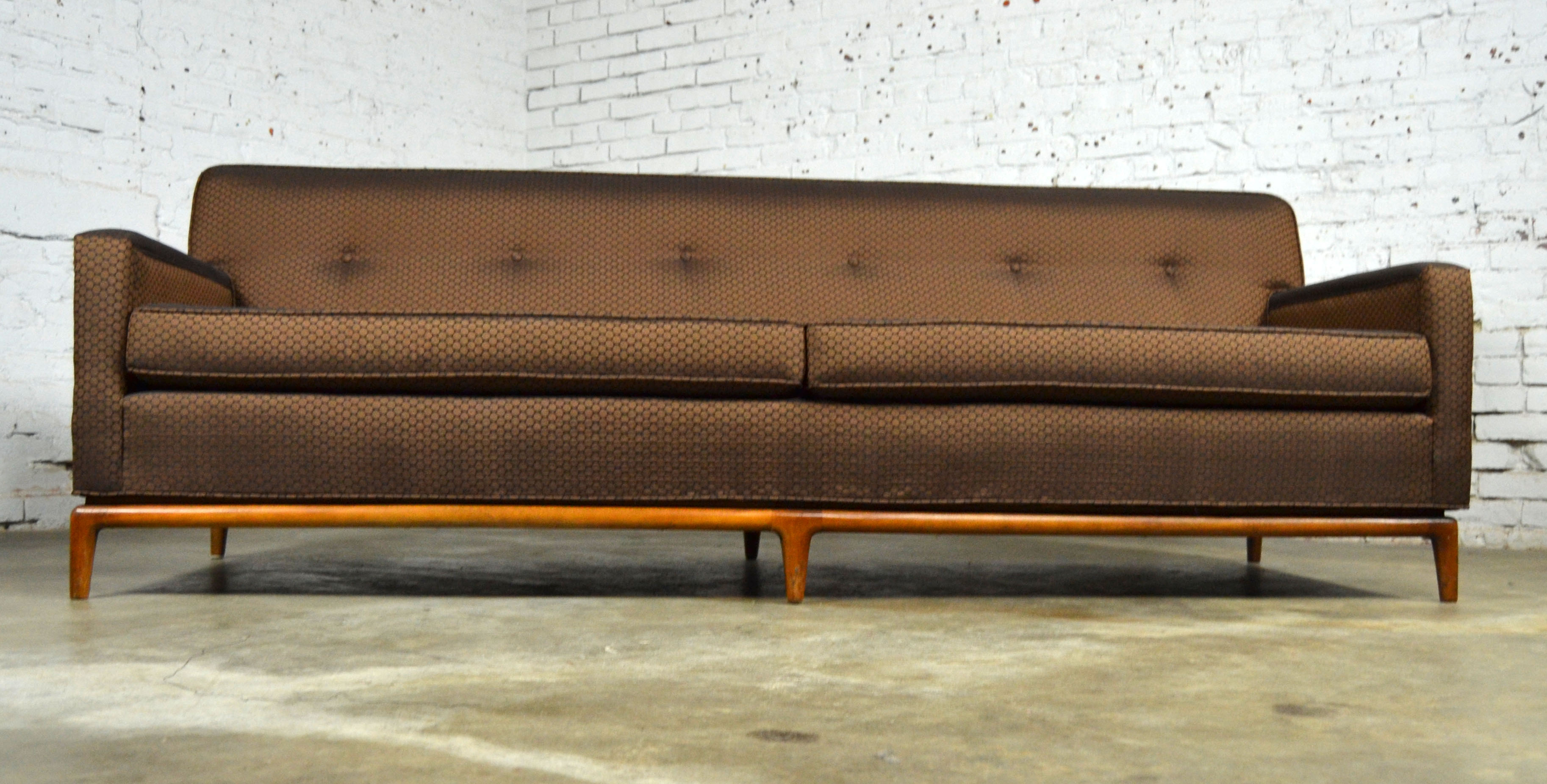 With Its Tufted Tight Back And Beautiful Walnut Base With Six Legs, This  Mid