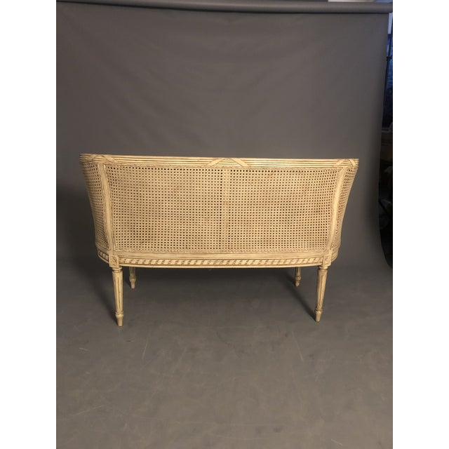 1950s Vintage Traditional French Provincial Settee For Sale - Image 11 of 12
