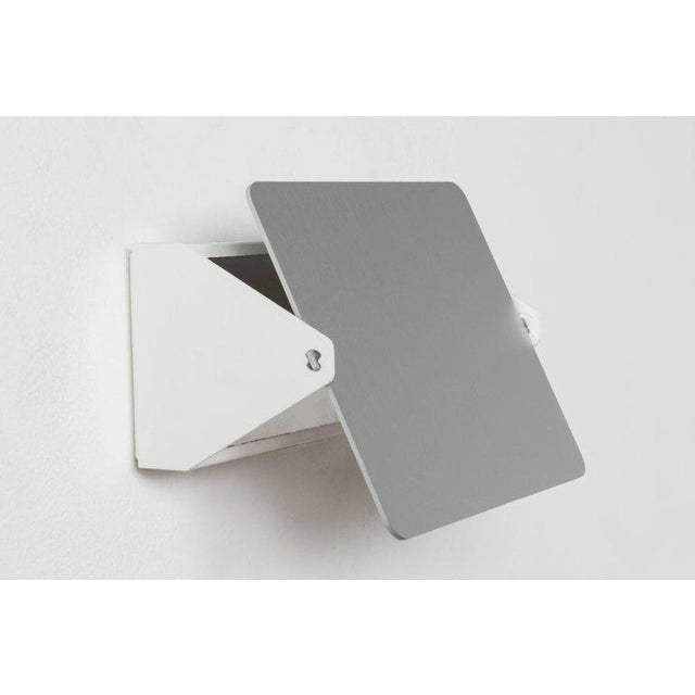 Mid-Century Modern Charlotte Perriand 'Applique á Volet Pivotant' Wall Light in Natural Aluminum For Sale - Image 3 of 9