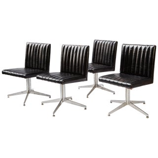 Mid-Century Modern Swivel Chairs by Eames for Herman Miller - Set of 4 For Sale