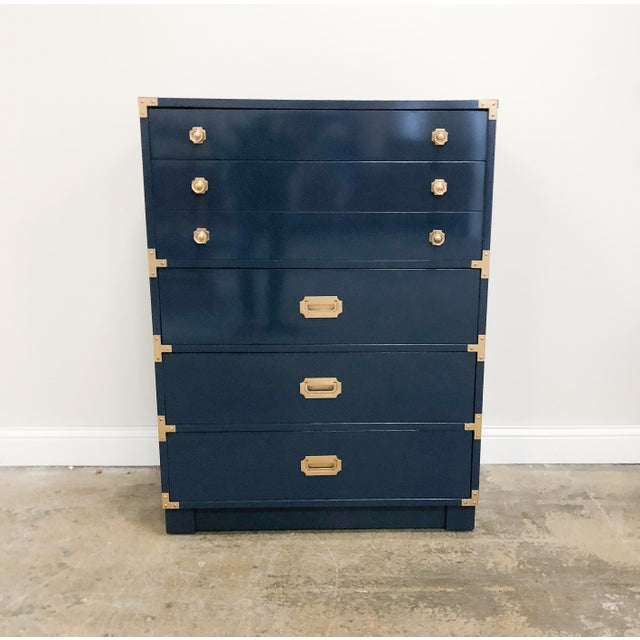 Drexel Campaign Navy High Gloss Lacquer Oak Highboy Chest For Sale - Image 9 of 9