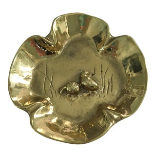 20th Century English Traditional Virginia Metalcrafters Solid Brass Quail Tray For Sale