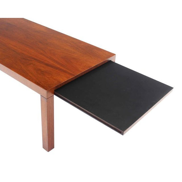 Directional Mid-Century Modern Expandable Walnut Coffee Table For Sale - Image 6 of 8