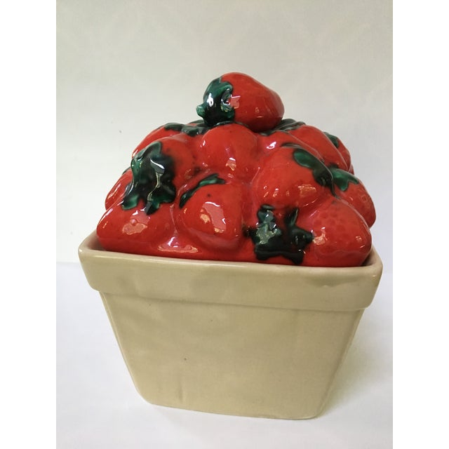 Red 1970s Trompe l'Oeil House of Webster Ceramic Strawberry Pint Container For Sale - Image 8 of 9