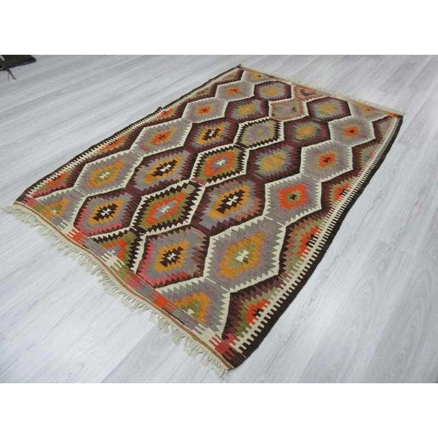 "Handwoven Vintage Decorative Colourful Turkish Kilim Area Rug - 5'3"" x 7'7"" For Sale - Image 5 of 6"