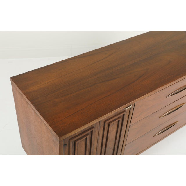 1960s 1960s Mid-Century Modern Broyhill Sculptra Credenza For Sale - Image 5 of 10