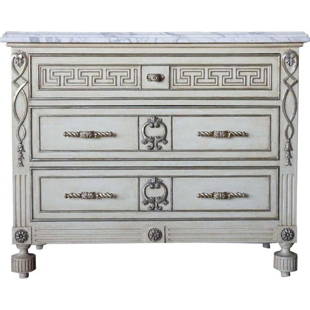 Antique White Hollywood Regency Ebanista Villa Lorenzo Painted Marble Top Chest For Sale - Image 8 of 8