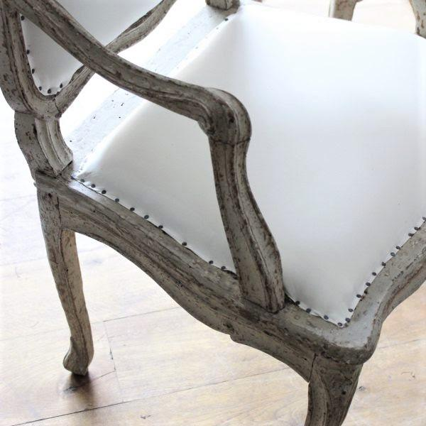 "Early 18th Century 18th C Louis XV Armchairs, Signed ""Blanchard"" Pair For Sale - Image 5 of 7"