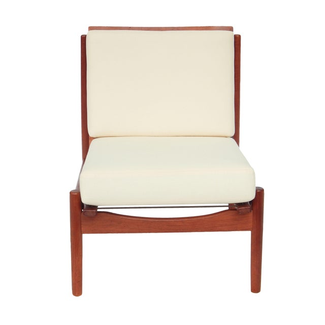 Mid-Century Danish Modern Slipper Chairs - a Pair For Sale In New York - Image 6 of 13