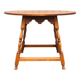 Eldred Wheeler 18th Century Style Splay Leg Maple Tavern Table For Sale