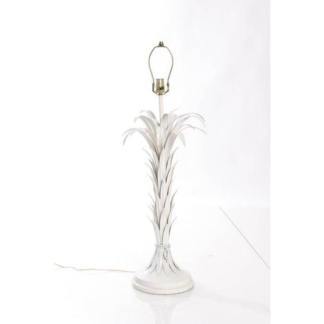 A Mid-Century Italian palm leaf shaped table lamp.