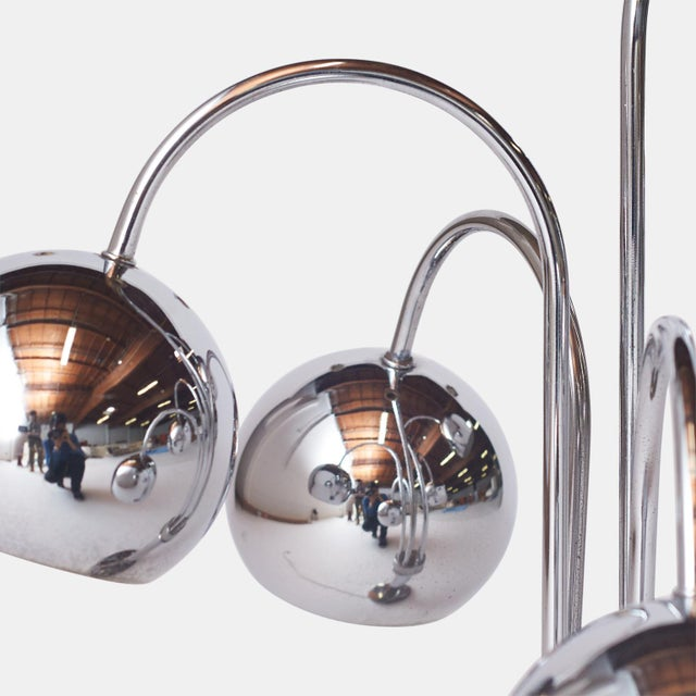 Italian Chrome Table Lamp by Reggiani, Italy For Sale - Image 3 of 6