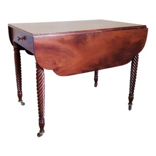 Early 20th Century American Sheraton Style Pembroke Table For Sale
