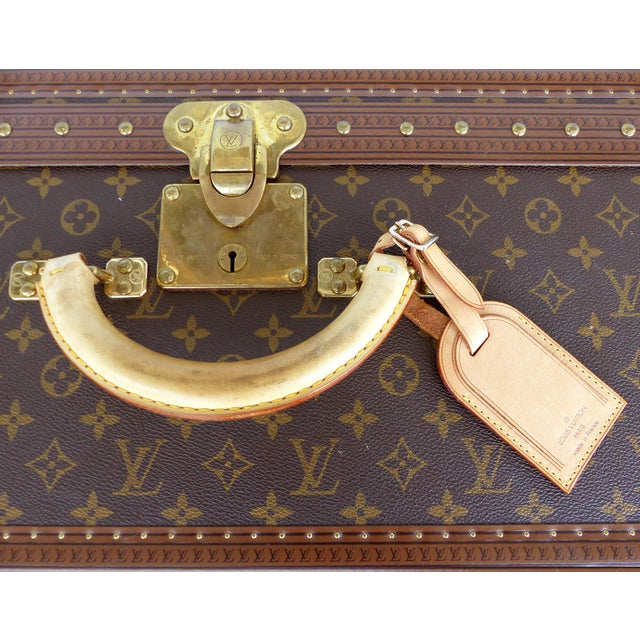 Louis Vuitton Louis Vuitton Alzer 80 Leather and Brass Suitcase & Original Protective Cover For Sale - Image 4 of 11
